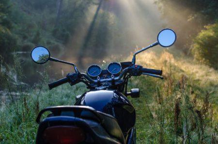 Moto en Cévennes