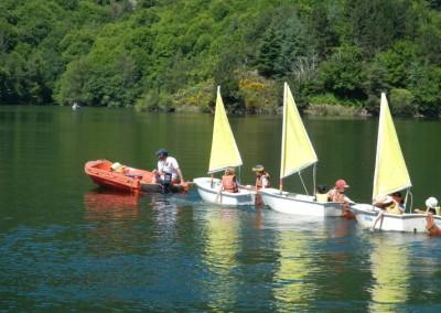 lac-camping-villefort-bateau