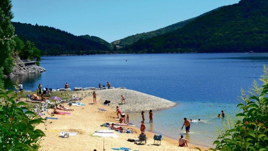 camping lozère espace aquatique spa piscine chauffée toboggan aquatique