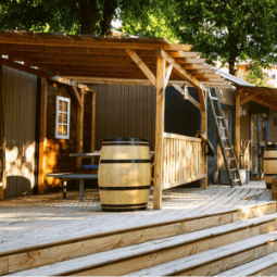 Western Village Mas des Sédariès